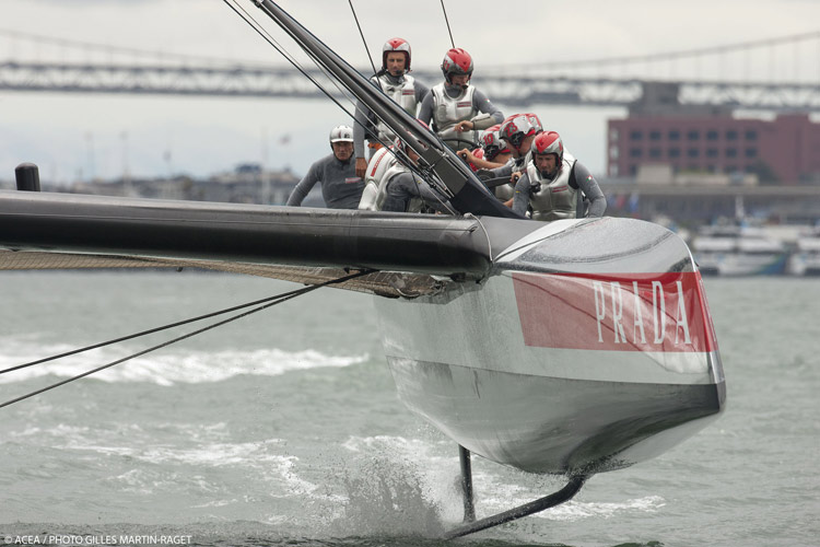 Luna Rossa's single AC72 shares her hull shape with ETNZ's boat #1.
