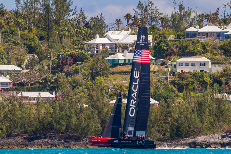 Rooms with a view, of an AC45S. First flight of OTUSA's modified AC45S in Bermuda. Image:�2015 Oracle Team USA